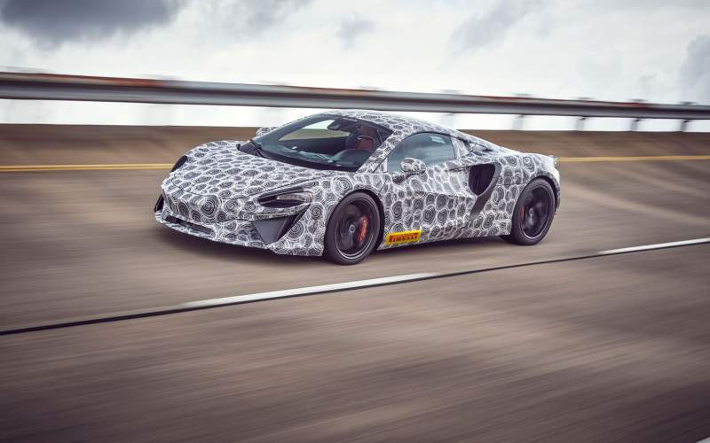 McLaren už testuje nový hybridní supersport