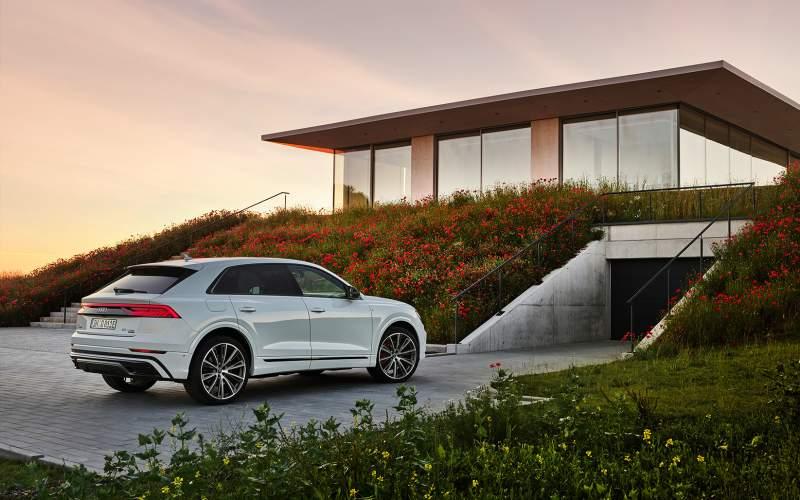 """""""Zelené"""" Audi Q8 nabídne 462 koní"""