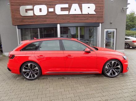 Audi - RS 4