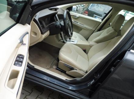 Volvo - XC60